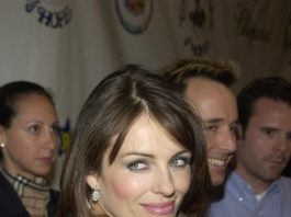 Liz Hurley at the 15th Carousel of Hope Ball to benefit the Barbara Davis center for Childhood Diabetes